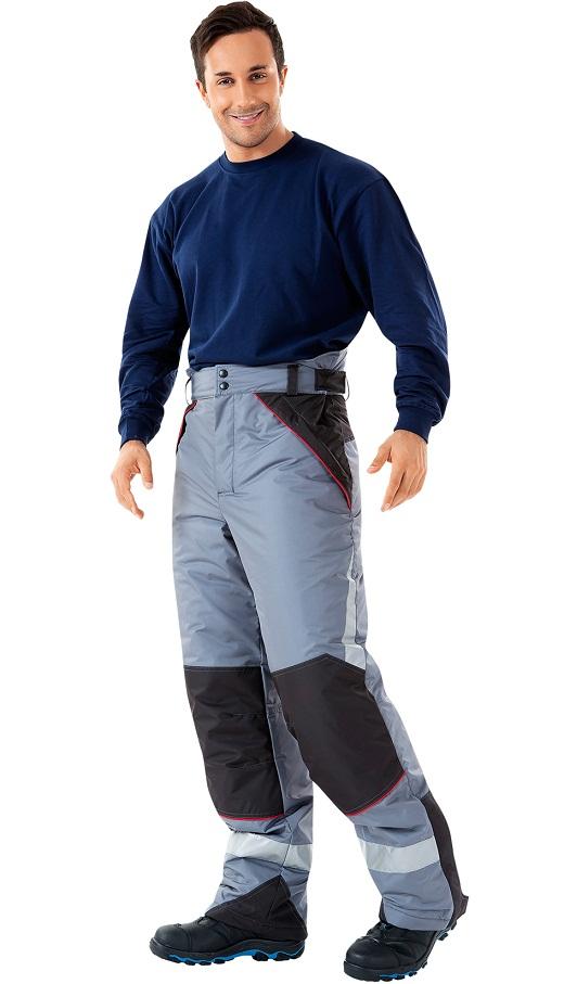 На снимке мужские утепленные брюки