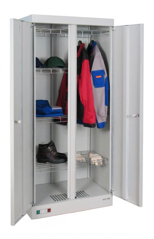 На снимке представлен шкаф для сушки спецодежды ШСО 2000