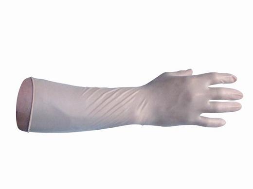 На фото перчатки с длинным манжетом