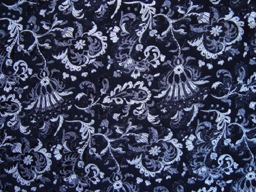 На фото пример жаккардового полотна со сложным плетением, лицевая сторона