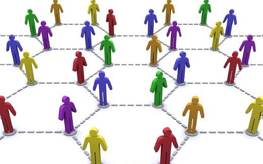 Для расчета среднесписочной численности необходимо знать количество фактически посетивших работу сотрудников за месяц